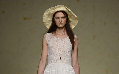 Pasquetta 2013: abiti a fiori, grandi cappelli e jumpsuit per le vostre gite fuori porta