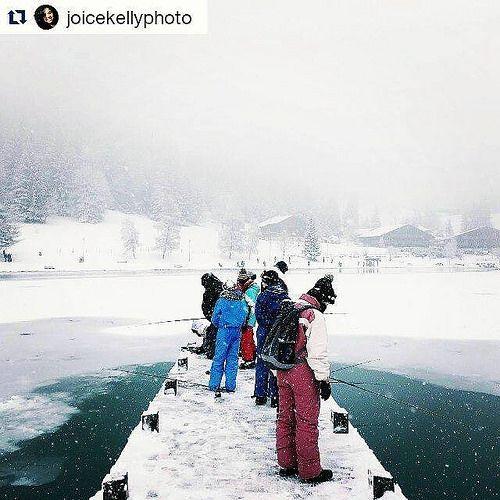 Comme @joicekellyphoto entre amis ou en famille c'est le moment de faire un break à la montagne ! #ONYVA #lacgelé #montagne #froid #hiver #winter #cold #traveltheworld #instatravel #travelgram #voyage #instavoyage #beautifulplace #placetogo #beautifuldest