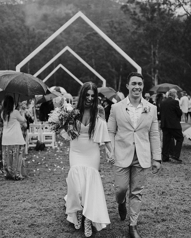 Danielle and Frank // Sunshine on a rainy day  . . . . . . #dbjstyle #decorationsbyjelena #glenworthweddings #iwontquitmydayjob #sydneyfloralstylist #sydneyflowers #sydneyweddings #eventstylists #sydneywedding #southcoast #eventlife #southcoastweddings #ihavethisthingwithflowers #sydneybride #sydneystyle #bridalflowers #australianwedding #floraldesign #weddingdetails #freshflowers #bridalbouquets #floralstylist #sydneysbest #weddingflowerssydney #festivalbrides