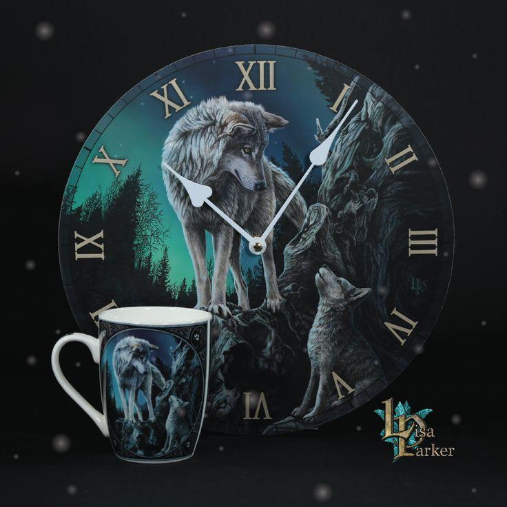 Reloj de pared con imagen de Lobo y Lobezno con taza de desayuno a juego. Entorno místicos y de fantasía diseñados por Lisa Parker y producios por Puckator. #reloj #pared #taza #lobo #lobezno