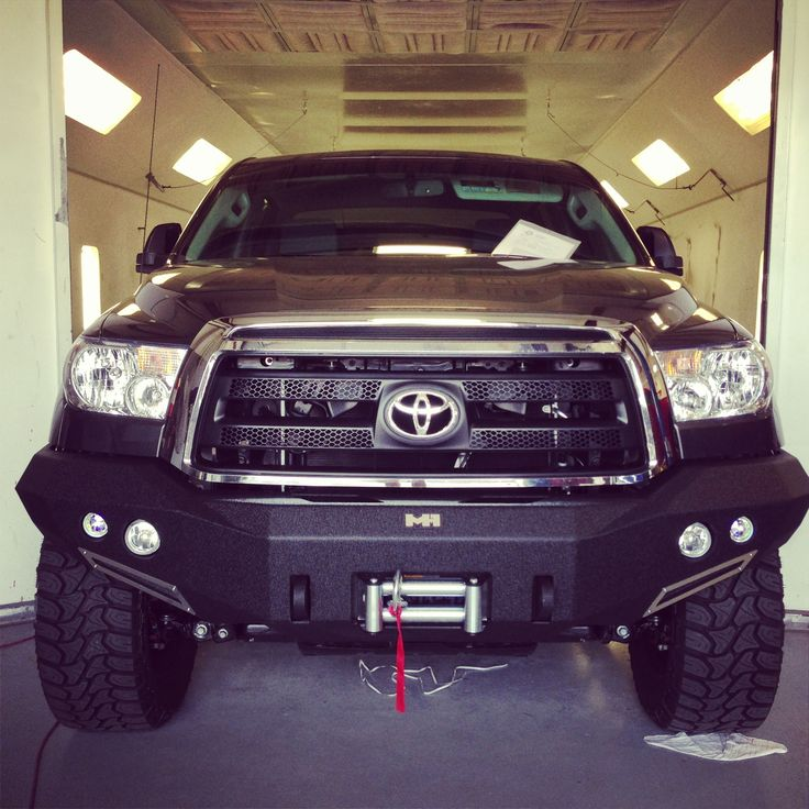 2013 Toyota Tundra With Smittybilt M1 Front Bumper And