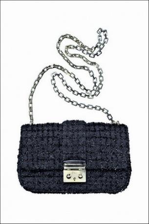 Miss Dior in tweed @Dior