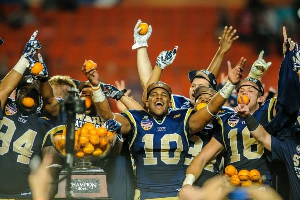 #tbt to when our boys defeated those OTHER dwags in the Orange Bowl in Miami, Florida #georgiatech #buzz