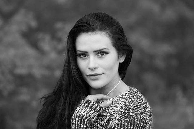 Det var länge sedan jag tog modellbilder! Hör gärna av dig om du är intresserad! Modell:@saraharodrift #meralink #linköping #fotograf #modelling #modell #porträttfotograf #igmodel #igdaily #ig_cameras_united #ig_masterpiece #ig_photooftheday #canon #canonphotography #canon70200 #blackandwhite #bw #photooftheday #artphotography #sverige #sweden #igscandinavia #iamnordic #bestofphoto #bestofscandinavia #norden