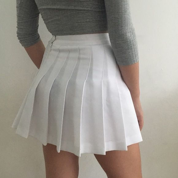 AA tennis skirt Authentic American Apparel tennis skirt. White. Worn once, in perfect condition. Super super cute! American Apparel Skirts
