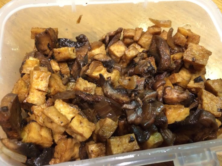 Cohen Diet: Airfried tofu with sauteed portobello mushrooms and balsamic vinegar #changeinlifestyle #cohendiet #lynskitchen