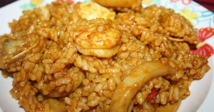 78 recetas fáciles y deliciosas. Arroz con pollo, verduras y cúrcuma, Arroz caldoso con curcuma, Arroz de calamar con copos de wakame y muchas más