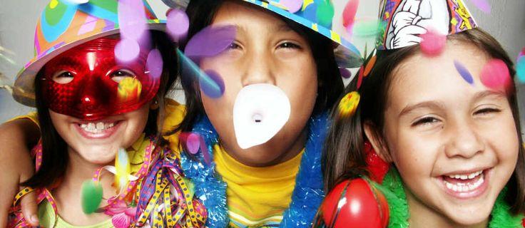 Festa di Carnevale in casa con i bambini. Scopri come organizzare una festa divertente per tutti!