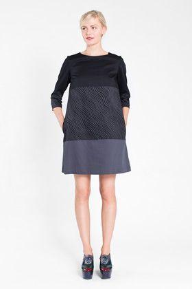 Apparel: Marimekko Gedda dress in navy, brigh blue | Marimekko Store