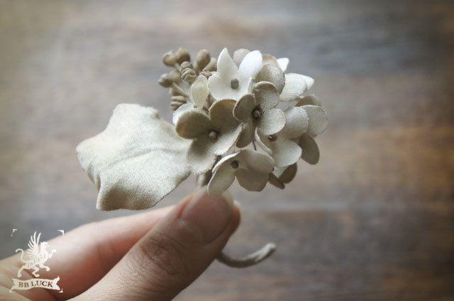 corsage  【 布花ドライフラワーコサージュ * hydrangea 】