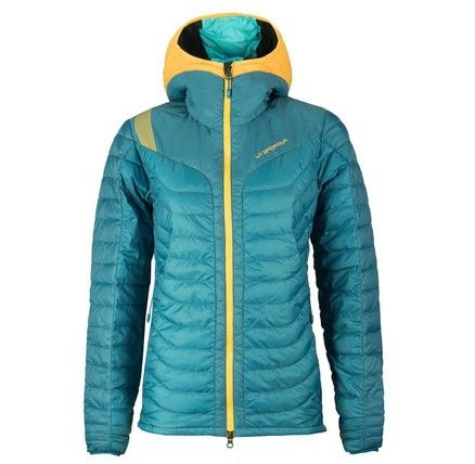 Featherweight down-proof fabric insulated with European premium goose down 90/10 makes this a warm and yet super lightweight piece for the slopes.