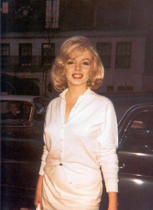 Marilyn leaving Columbia Presbyterian Hospital, March 5th 1961.