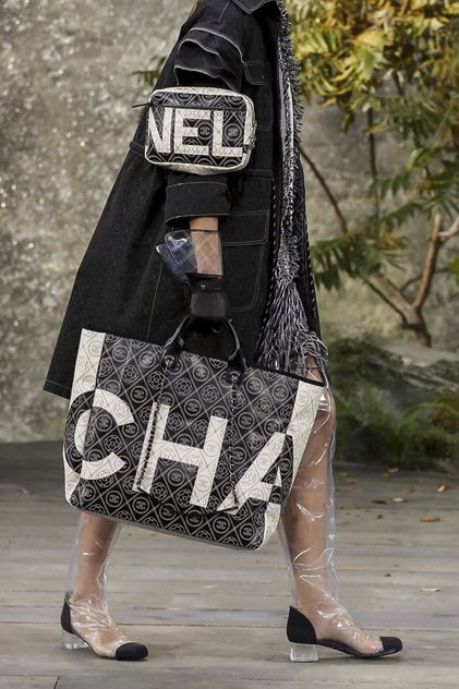 Chanel Ready To Wear Spring Summer 2018 Paris