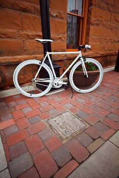 Single speed fixed gear,Whole white.