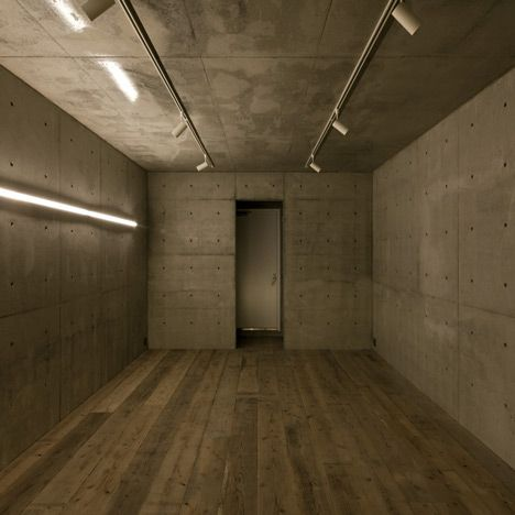 Cement floor - House A by Takeshi Hamada