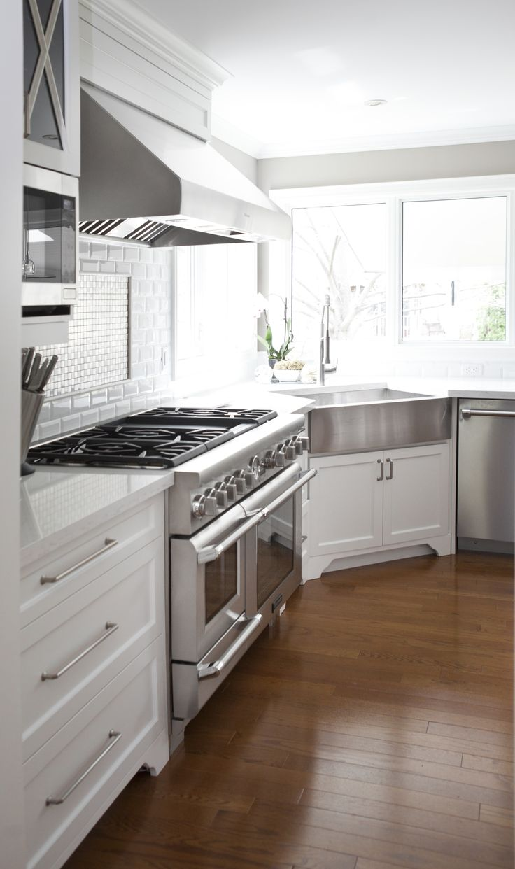 Mouser usa kitchens and baths manufacturer - Transitional Kitchen Renovation Located In Burlington Ontario Kitchendesign Transitionalkitchen Design