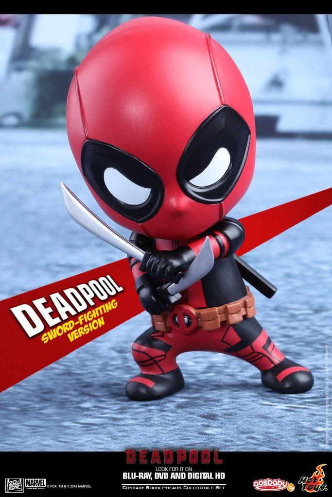 Hot Toys - COSB220 - Deadpool (Sword-Fighting Version) Cosbaby Bobble-Head