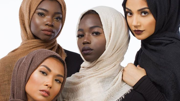 This New Line of Inclusive Hijabs Is Perfect For Every Skin Tone: This hijabi blogger just released a line of hijabs that caters to every woman (and man) of color.