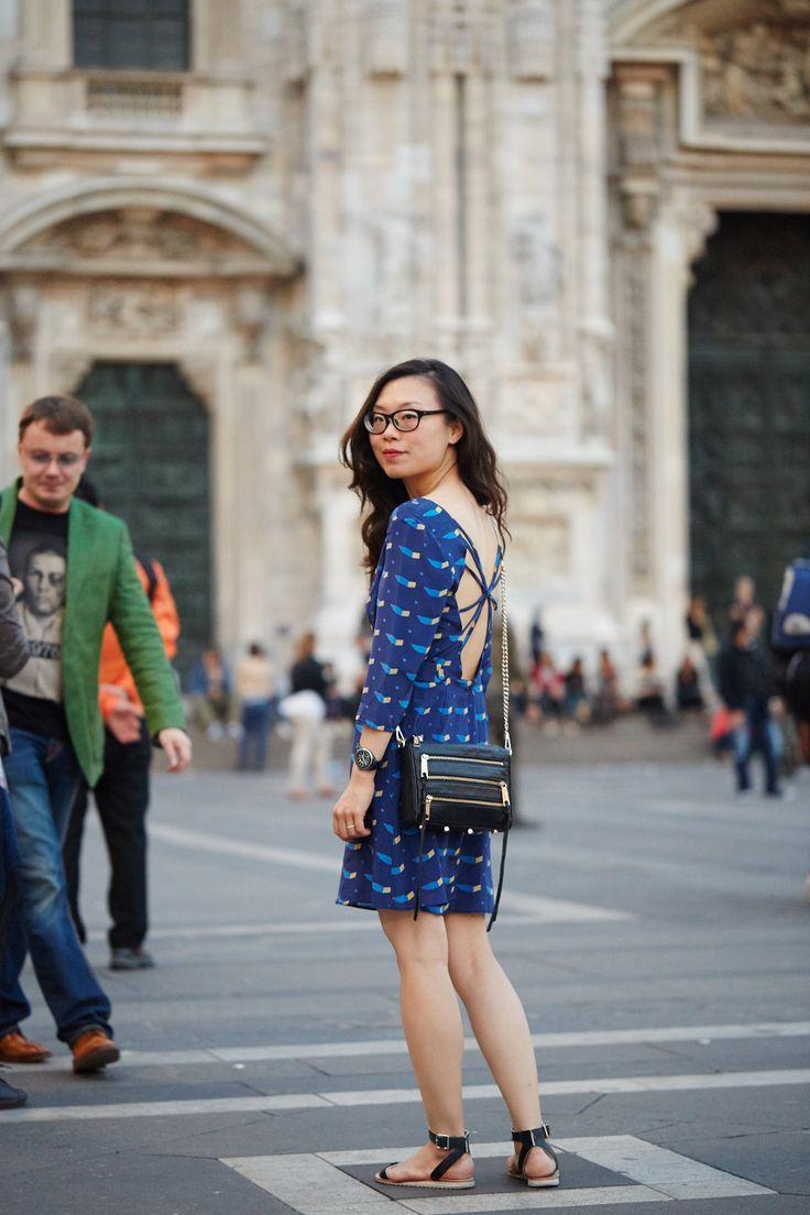 Milan   wllwproject Aijek, silk dress, crisscross back, low back, pattern, print