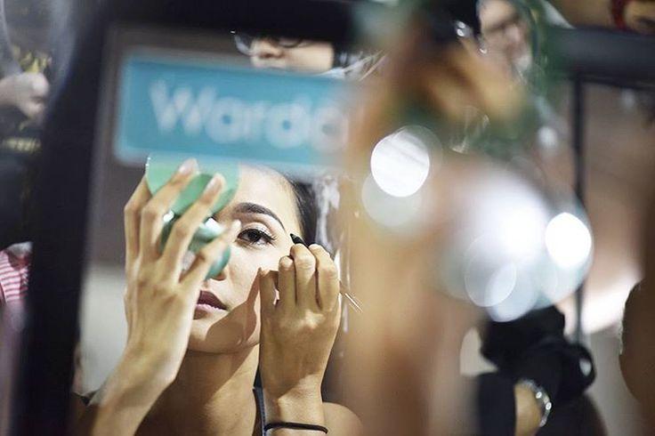 """Fashion Show Wardah #DynamicBliss sedang berlangsung, stay tuned untuk konten eksklusif dari kami!  #wardahforjfw2016 #RiaMirandaxWardah…"""