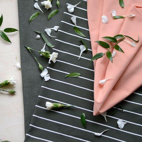 Raidat, Olive/Vanilla  | NOSH Fabrics Spring & Summer 2016 Collection - Shop at en.nosh.fi | Kevään 2016 malliston kankaat saatavilla nyt nosh.fi