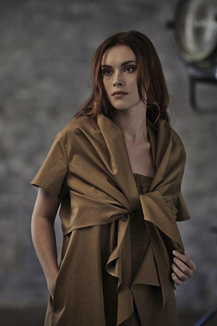 Купить БЛУЗА-НАКИДКА УЗЕЛ от Lesel (Лесель) российский дизайнер одежды