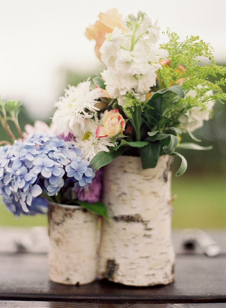 birch-bark-centerpieces...pretty and rustic and perfect for a winery/vineyard wedding!