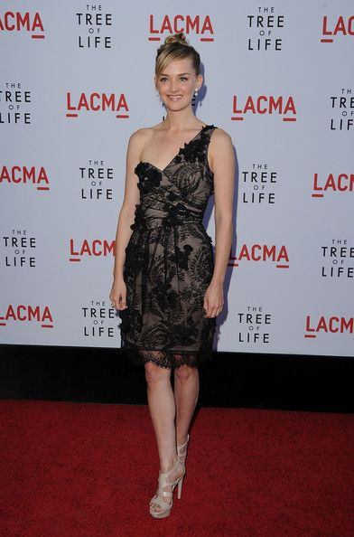 Jess Weixler One Shoulder Dress - Jess dons a frothy textured one-shoulder cocktail dress for the 'Tree of Life' premiere.