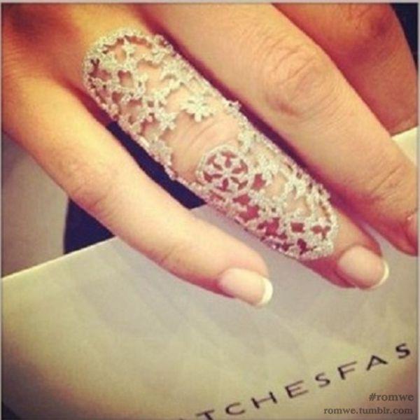 Snowflake-shaped Ring  Luxury/Fashion