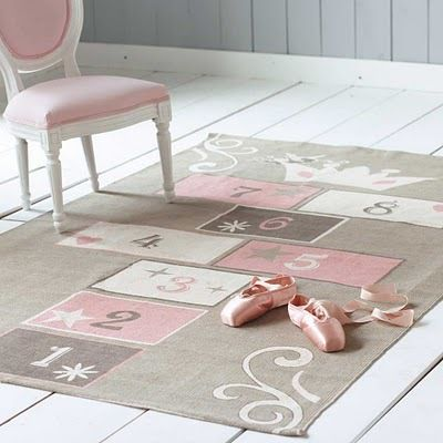 Hopscotch rug... with a crown!