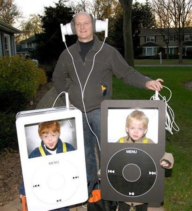 Funny DIY Ipod and headphones group halloween costumes for kids or families