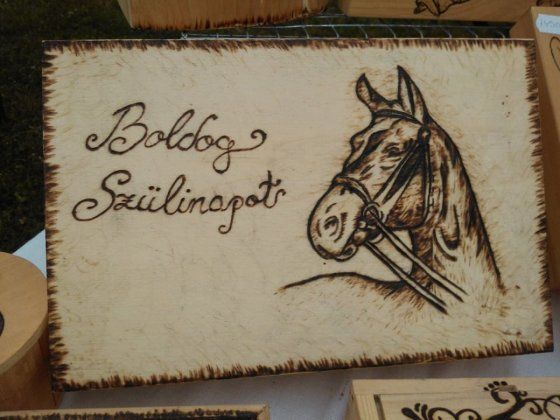 Boldog Születésnapos lovas fa doboz