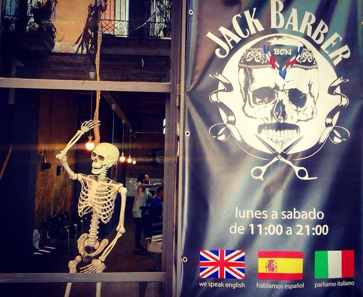 Working hard Jack Barber we open for you from 11 to 21:00 every day (except sunday) #jackbarber #beard #beardlovers #bearded #moustache #barbershop #barbershopbcn #bcn #jackbarberbcn #barba #barbafans #realmen #hombre #cortedepelo #барбершоп #барселона #bigote #hombres #style #menstyle by jackbarberbcn