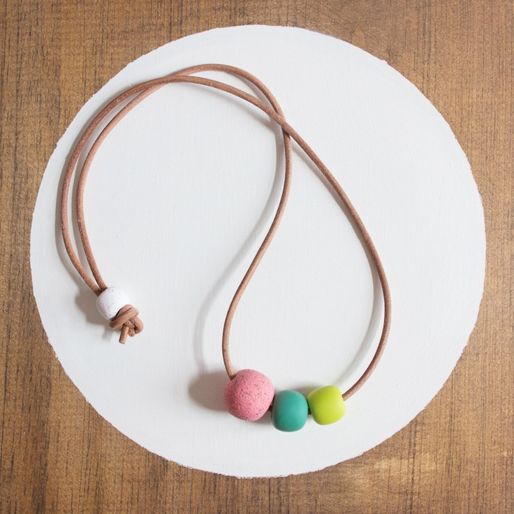 IMAGE OF CLAY + LEATHER NECKLACE - PINK SAND + EMERALD + LIME