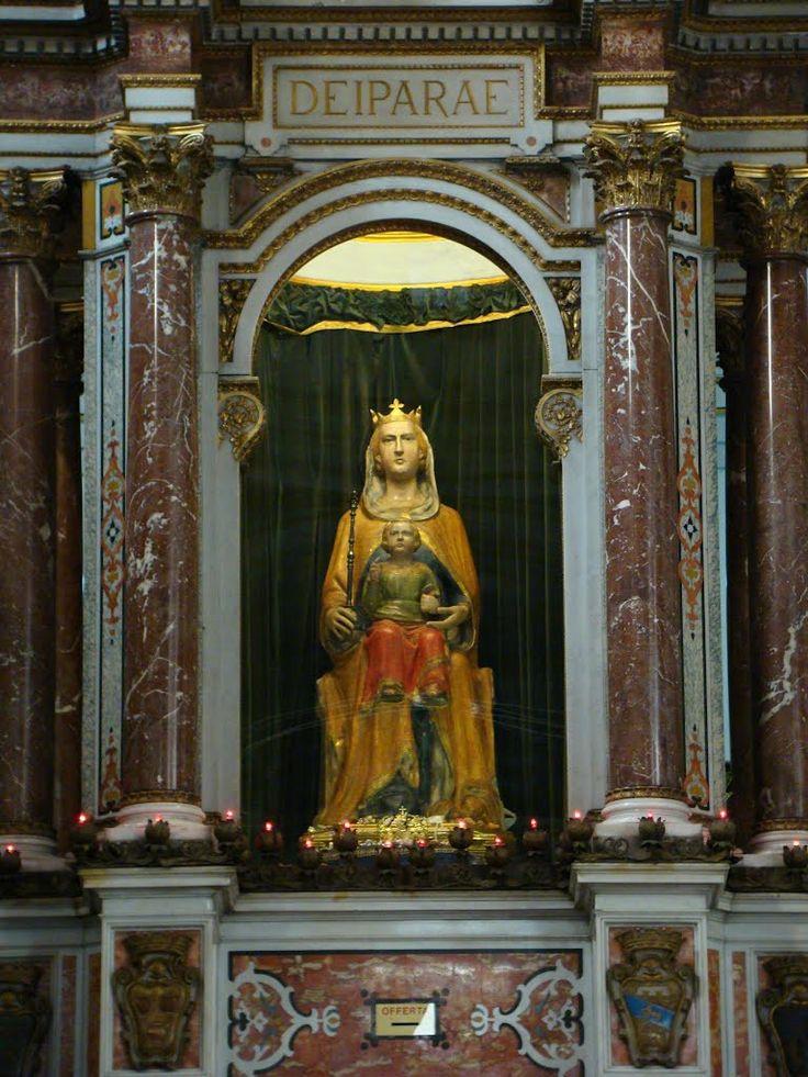 Madonna di Piedigrotta Chiesa di Santa Maria di Piedigrotta a Napoli