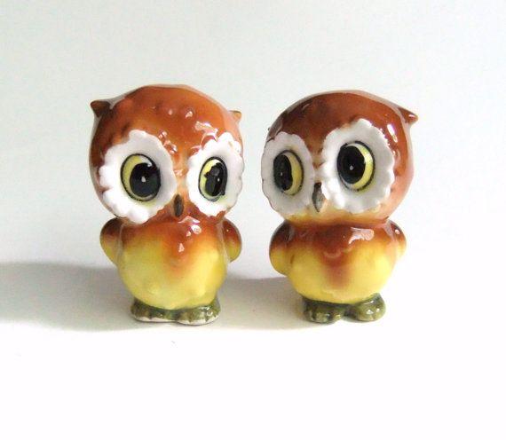 Owl Salt and Pepper Shaker Set Vintage Japan by VintageByJade