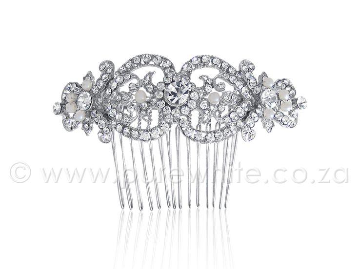 PURE WHITE - Shimmering Rhinestone  http://www.purewhite.co.za/shimmering-rhinestone-faux-pearl-haircomb-5-023/