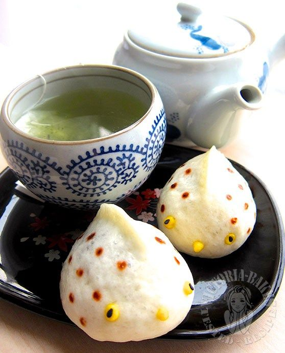pufferfish shaped steamed black bean paste bun