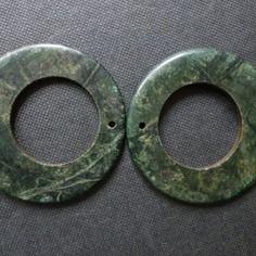 Anneaux en jade guatémaltèque verte foncé 45mm ext./26mm int., pierre semi-précieuse verte