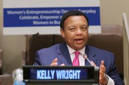 Fox On-Air Host Joins Racial-Bias Suit: Kelly Wright is among 11 plaintiffs seeking class-action status - An African-American on-air host for Fox News, Kelly Wright, has joined a group of current and former employees suing the cable channel and some of its senior executives for alleged racial discrimination.