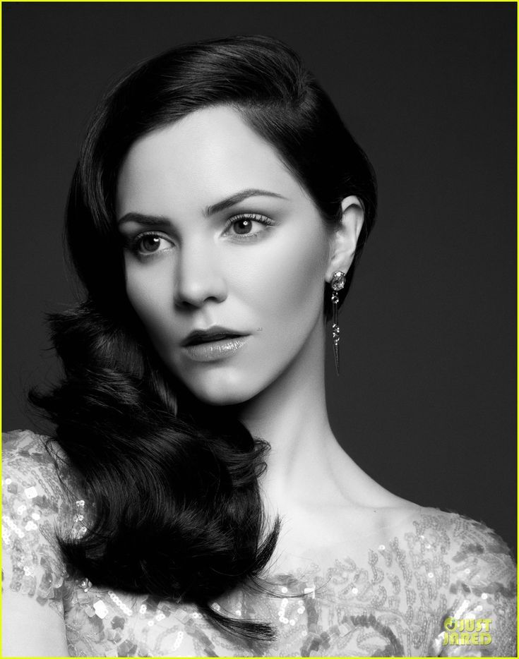 #Smash's Katharine McPhee on the cover of 'Emmy' magazine.  http://www.justjared.com/2012/06/05/katharine-mcphee-megan-hilty-cover-emmy/