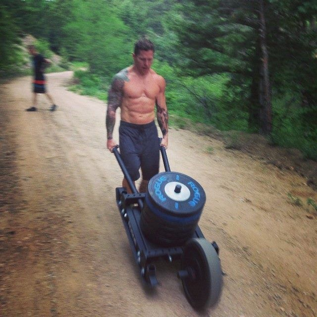 That prowler/wheelbarrow is awesome!!