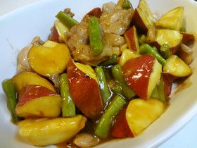 サツマイモと鶏肉の生姜甘酢炒め