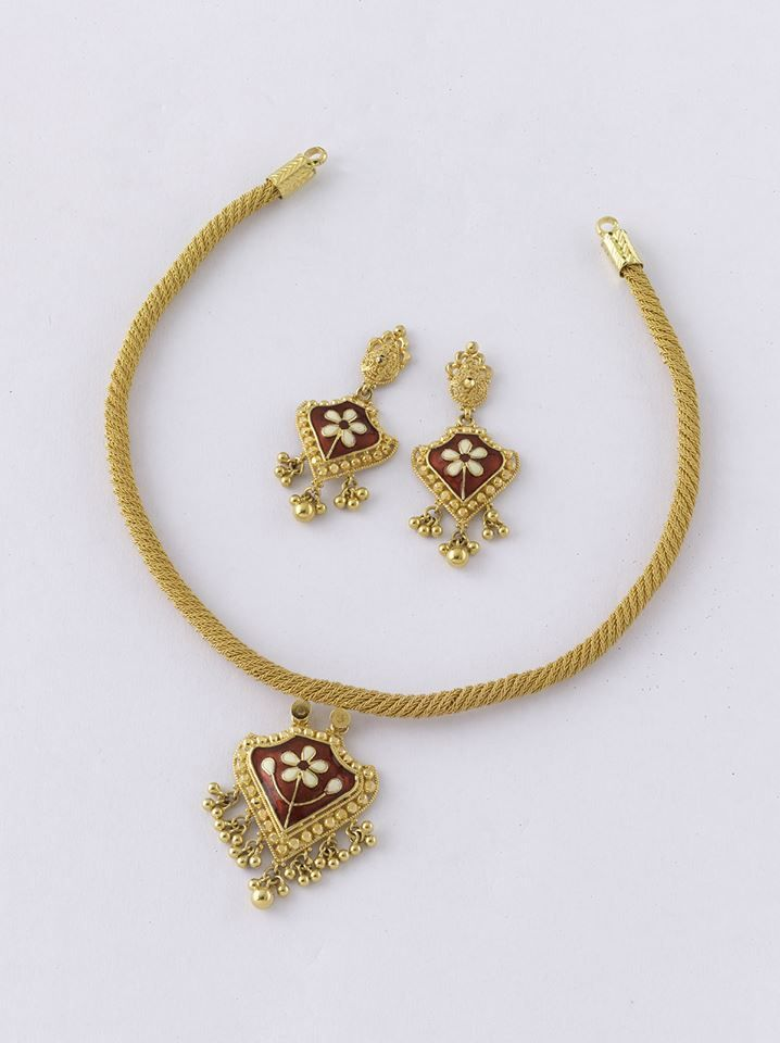 Stunning Necklace set from the gold factory Necklace - 16.320 gm, Rs 55,550/- Earring - 5.300 gm, Rs 18,000/-