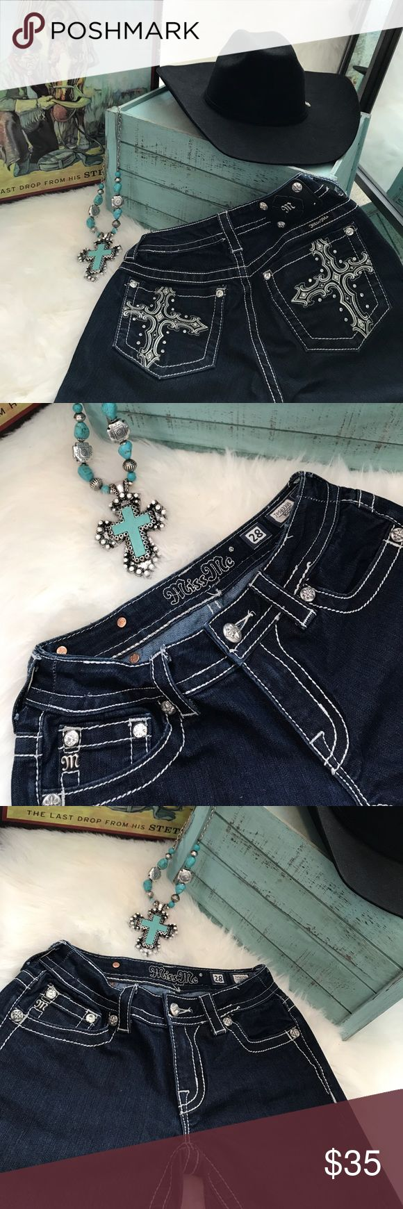 Miss me Jeans Boot Cut excellent condition Miss Me Boot Cut Jeans Size 28     Stretch                                                Jeans are in excellent condition worn only once for the Houston Rodeo 🐴Perfect for your cowgirl boots 👢 Miss Me Jeans Boot Cut