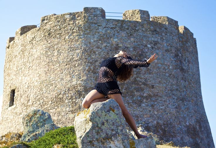 Dancing under the tower by BarDaAngelo  on 500px