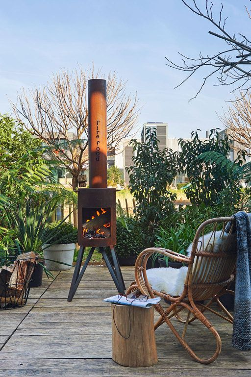 Outdoor woodstove   Photographer: Dennis Brandsma Styling: Fietje Bruijn    vtwonen mei 2014