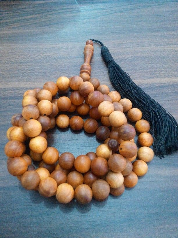 Tasbih agathis 10mm isi 99. Check www.indonesianhandycraft.com for more info.