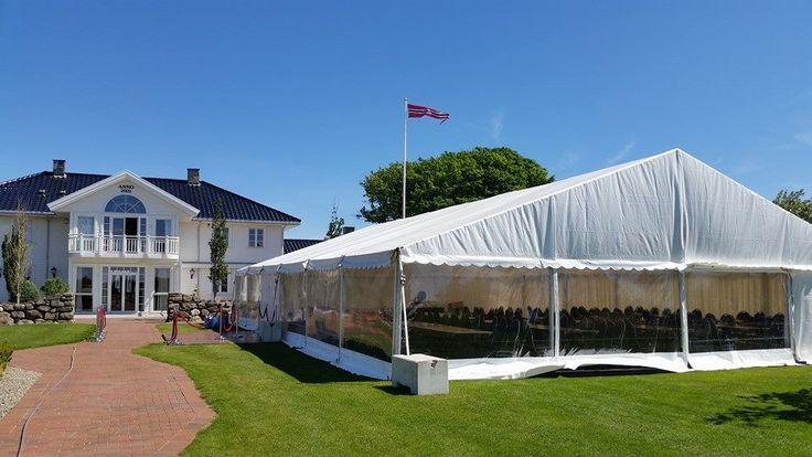 Stort telt til hagefest med panorama vinduer fra PS-selskapsutleie