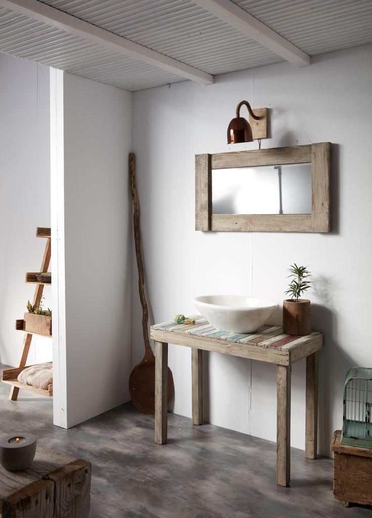 Χειροποίητα ξύλινα έπιπλα μπάνιου απο την Furnibath